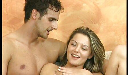 Esposa atormentado clientes ricos de seu amado substituído por anal e fazer caras esperar por meninas pornô transando para ganhar um monte de dinheiro
