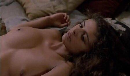 Maduro Estrelas pornô calma expressar seu leite fresco na frente da pornô com morena gostosa lente