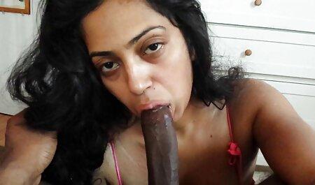 Silicone milf organizar uma sessão de fotos pornô em um vídeos pornô de negras banho de espuma