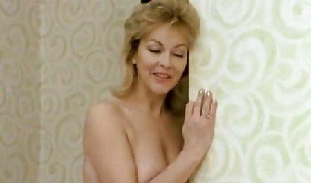 Três louco sexo exploração de uma pessoa comendo a madrasta gostosa torneiras para o sexo no cu