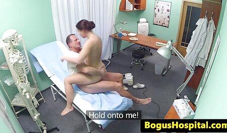 Maduro beleza russa em lingerie rosto, sua irmã L. vídeo pornô gostosa
