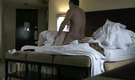 Russo puta fica duplo fodido por sexo gostoso na cozinha Ébano monstro