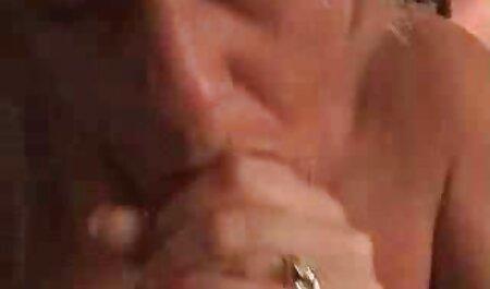 Caseiro e amador gozada Vídeo compilação do homem chupando bucetinha casal