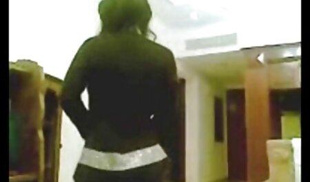 Relegada menina se masturba solo velho trepando com novinha na webcam pornô de rastreamento